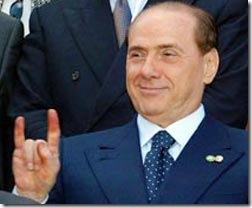 Berlusconi_corna_thumb