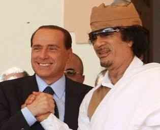 Berlusconi-gheddafi2