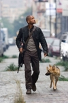 2007_i_am_legend_001